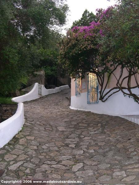 path to piazzetta